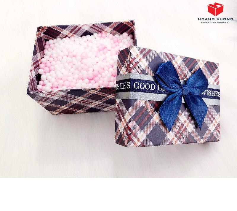 hộp quà giấy