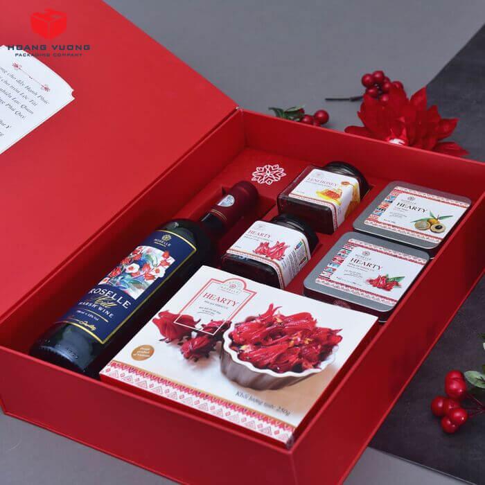 Hoàng Vương nhận sản xuất hộp quà tết 2021